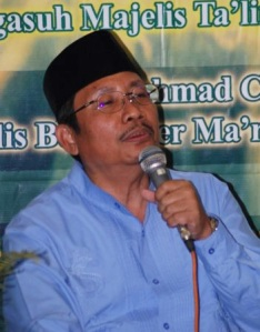 Achmad Chodjim3