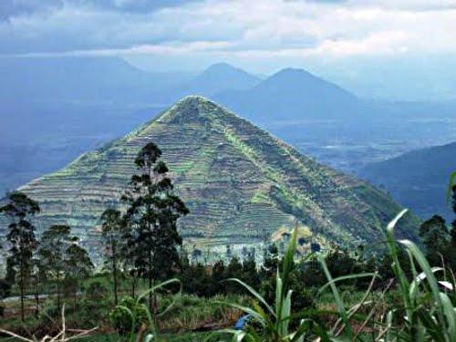 """Warga Sekitar Gunung Sadahurip """"Resah"""""""