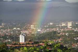 Pelangi Pagi di Bandung Utara 7