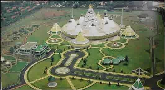 Hasil gambar untuk museum purna bhakti taman mini